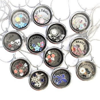 souvenir lockets